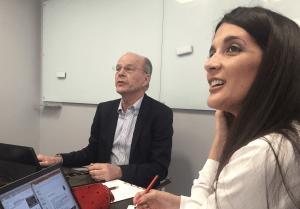 Jan Branzell y Raquel Porciúncula en las oficinas de Ozona en Lisboa